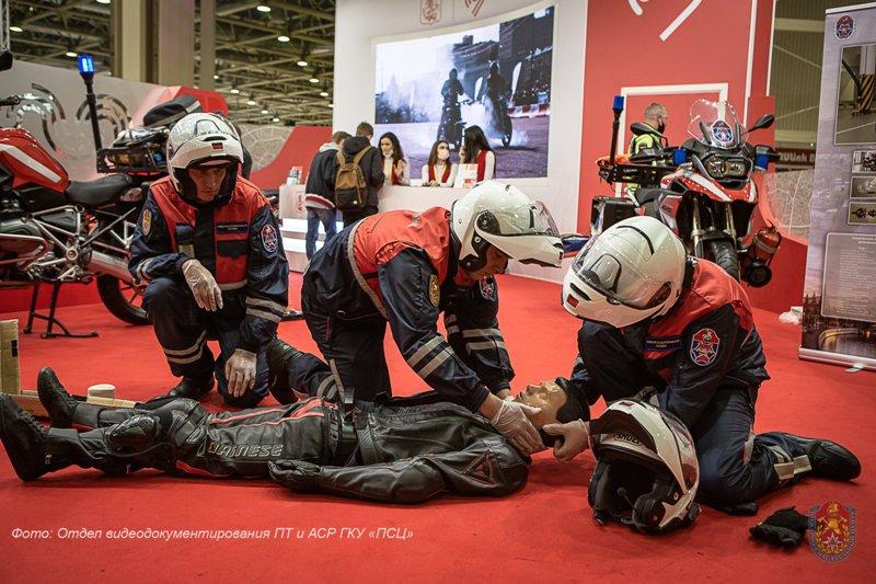 Специалисты Пожарно-спасательного центра приняли участие в выставке «Мотовесна-2021»