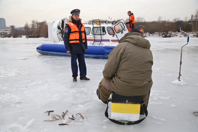 С начала года спасатели оказали помощь 30 пострадавшим на водоемах города